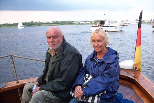 Meine Frau und ich auf der Hansesail 2006.